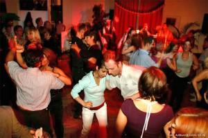 fiesta latina9 05 2g